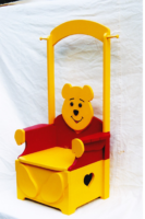 whinnethepoochair.png