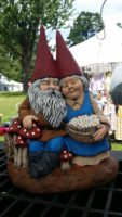 gnome couple.jpg