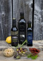 Olive Oil Product Image 1.jpg