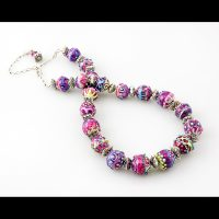 beadKRap-cupcake necklace.jpg