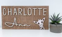 Custom name sign with giraffe